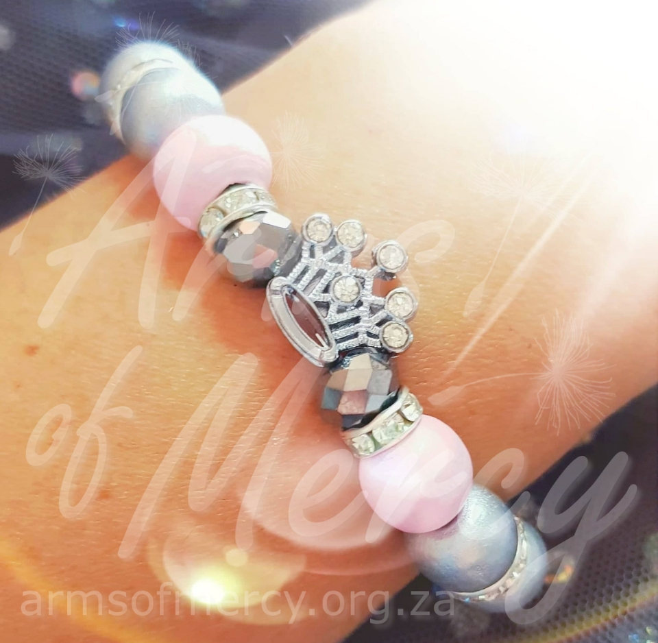 Daughter of a King Bracelet - Limited Edition Bracelet for Claudia du Preez © Arms of Mercy NPC