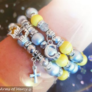 I Survived Sarcoma Cancer Bracelets © Arms of Mercy NPC