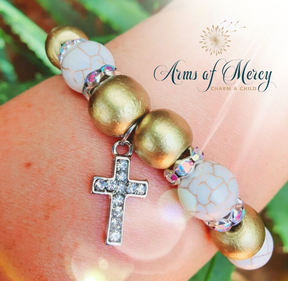 WWCD Bracelet - World Childhood Cancer Day Bracelet © Arms of Mercy NPC