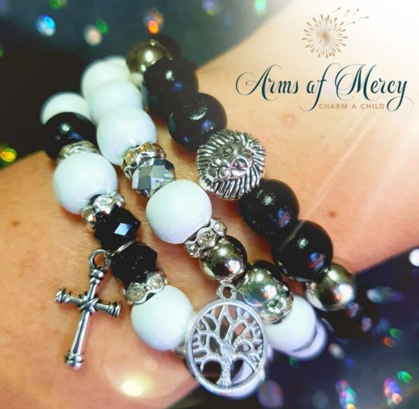 67 Days for Mandy van Tonder - Bracelets © Arms of Mercy NPC